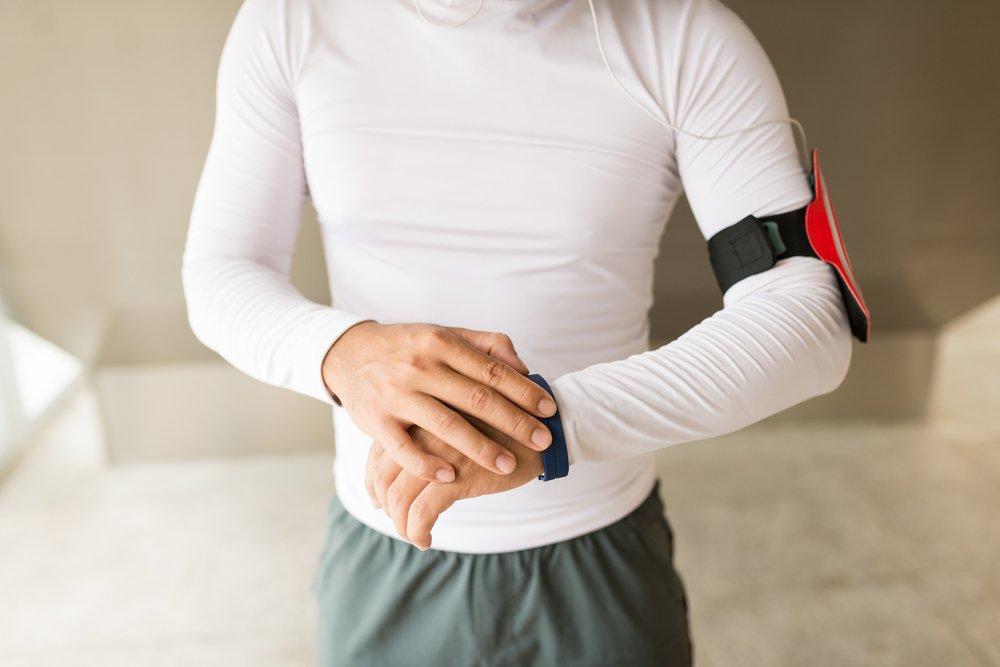 Типы часов для физических упражнений по функционалу