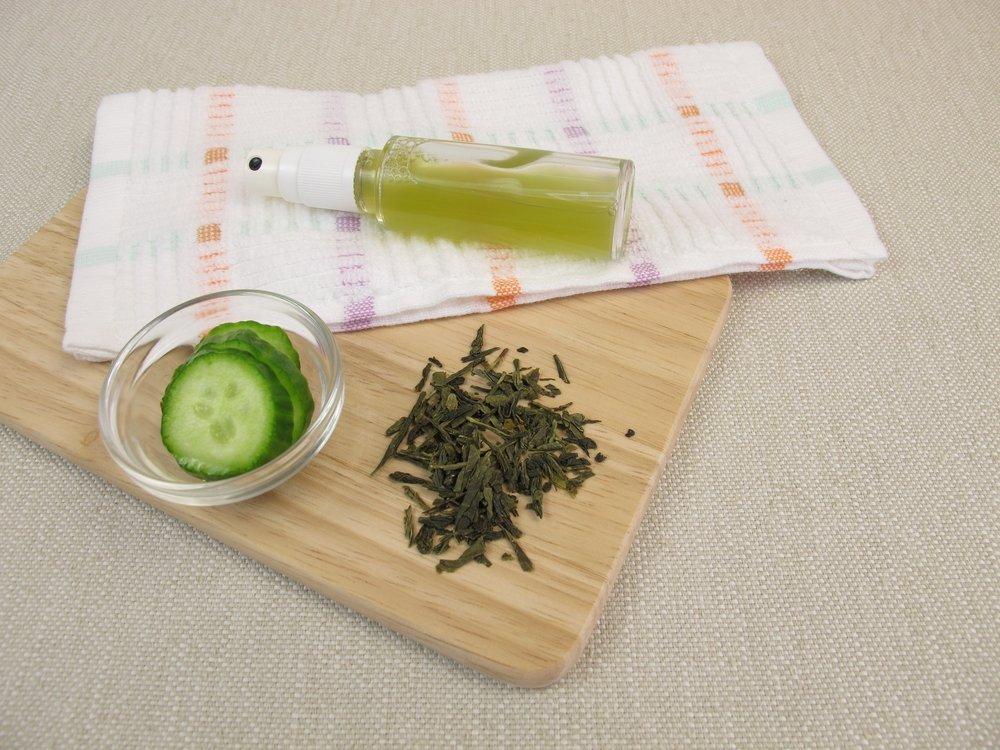 Освежающий спрей для кожи с зеленым чаем