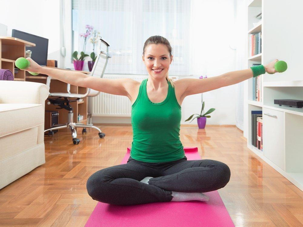 Полные руки: упражнения для похудения