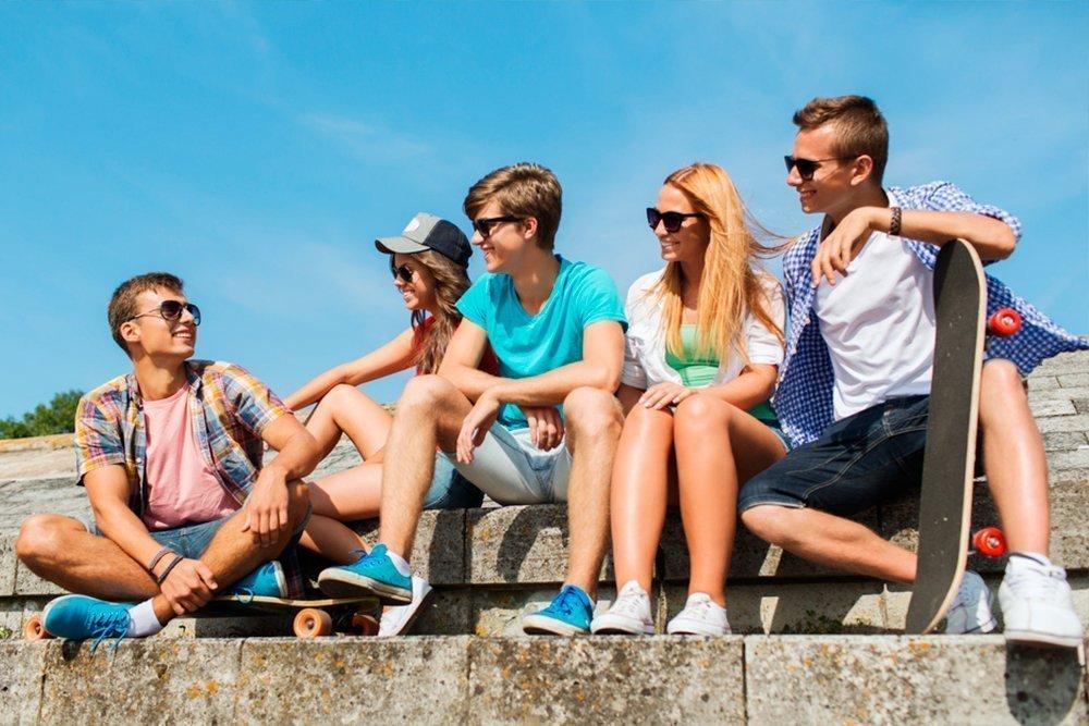 — Что обязательно должно быть с собой у подростка, когда он идет кататься?