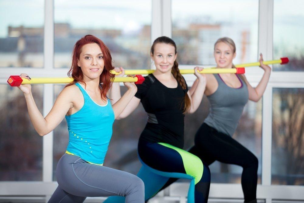 Домашние упражнения с бодибаром и гимнастическим мячом
