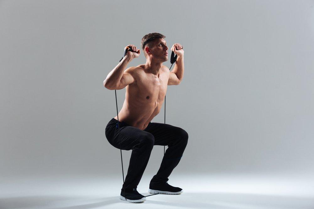 Фитнес-тренировки для прорабатывания поясницы, бедер и пресса