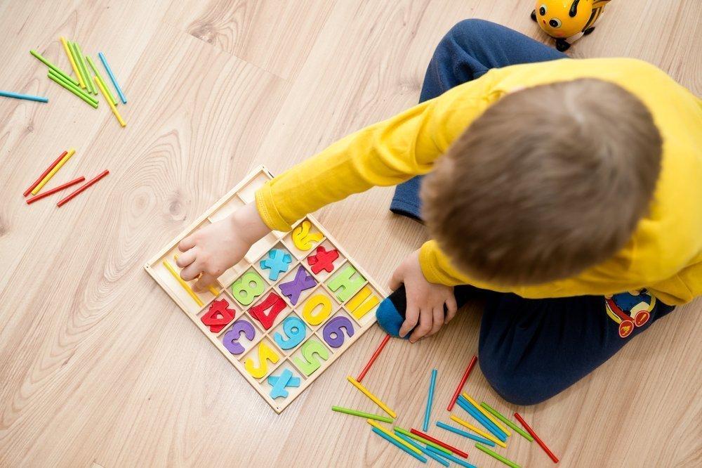Детский аутизм: предрасполагающие факторы