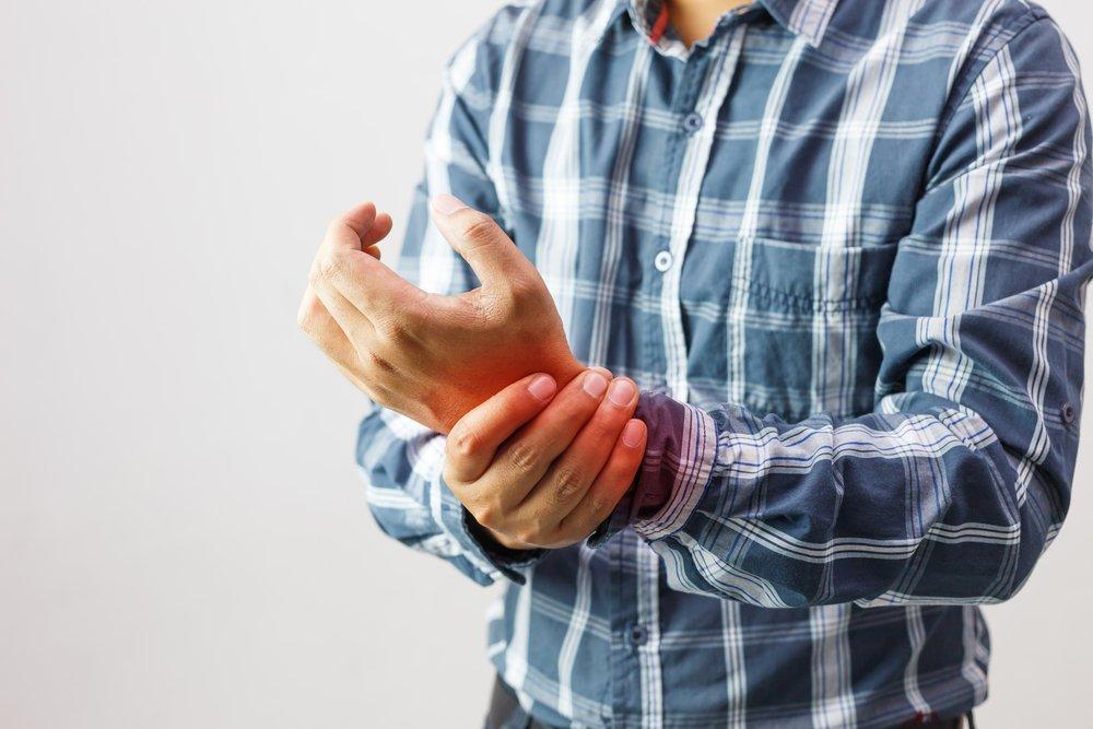 Миф №2. В группе риска по заболеванию артритом — пожилые