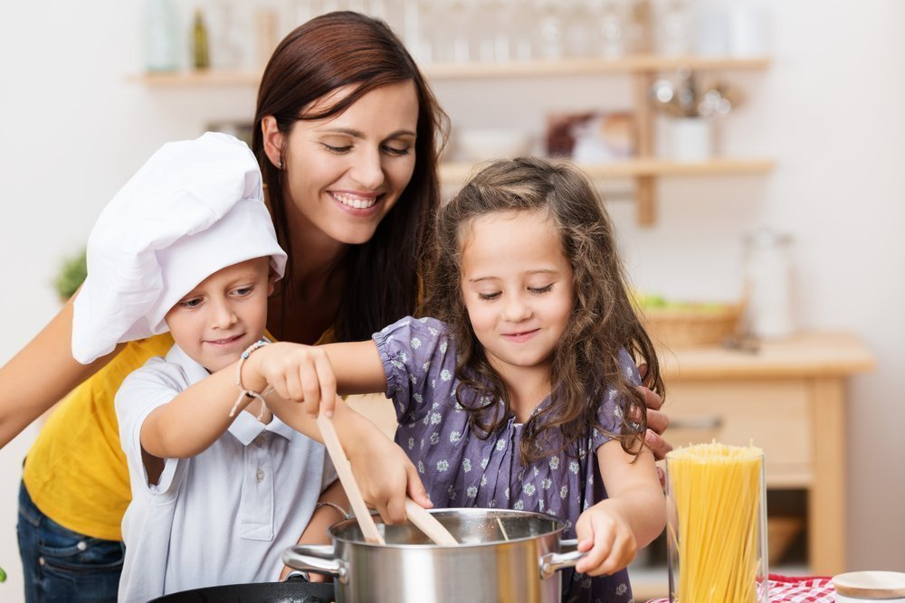 Трудолюбивые родители — пример для подражания
