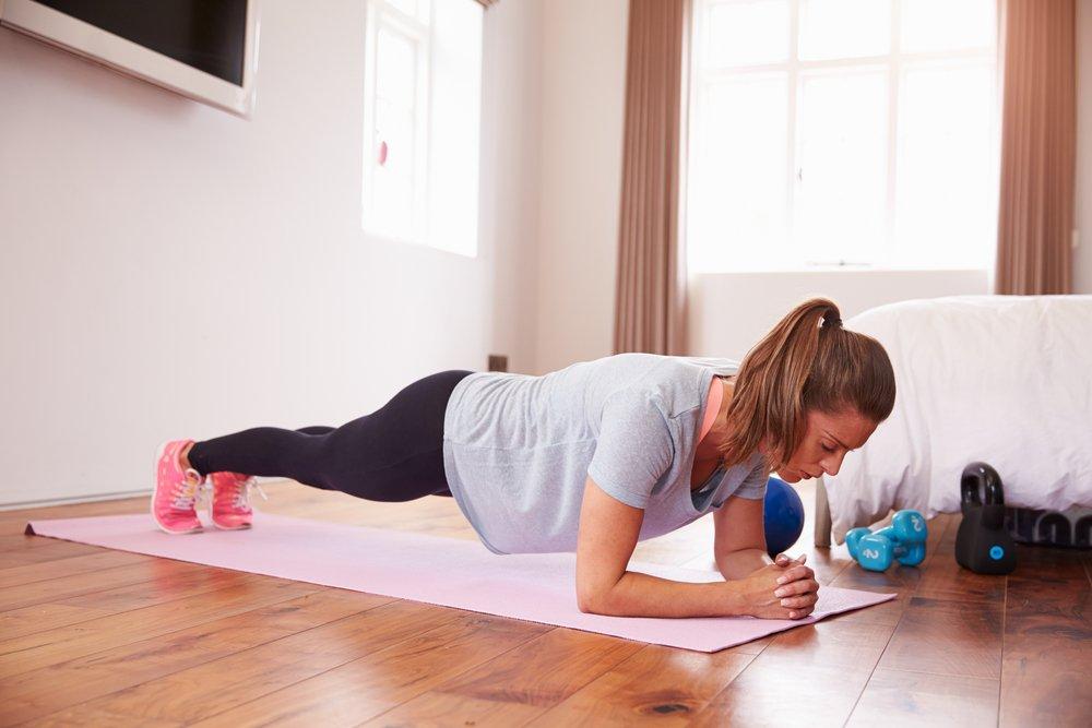 Упражнения для стройной талии и живота
