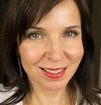 Ольга Фем, косметолог, блогер