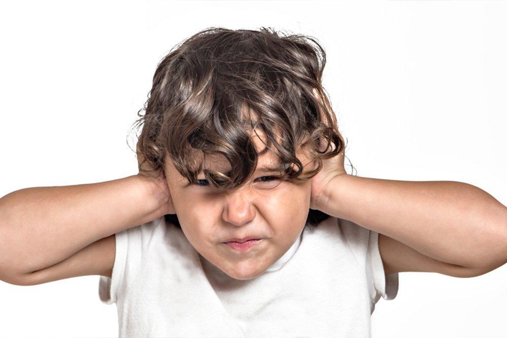 Почему у детей возникает отит?