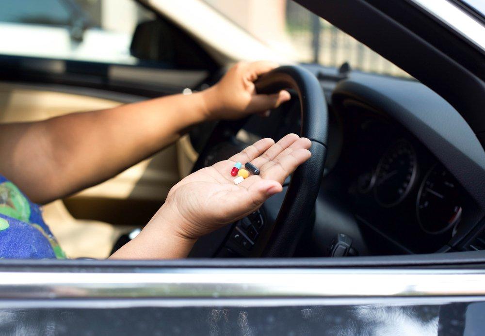 Лекарства при вождении автомобиля