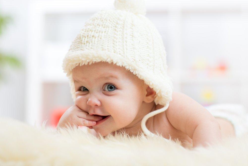Основные этапы нервно-психического развития малышей 4-6 месяцев