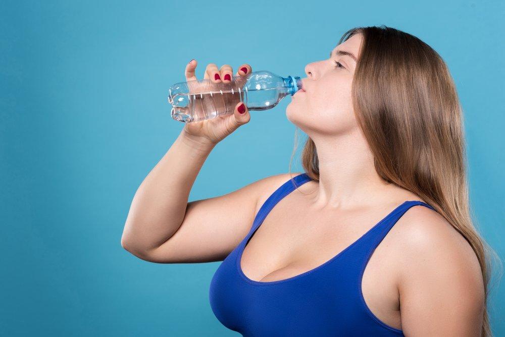 Можно ли пить много воды, чтобы похудеть