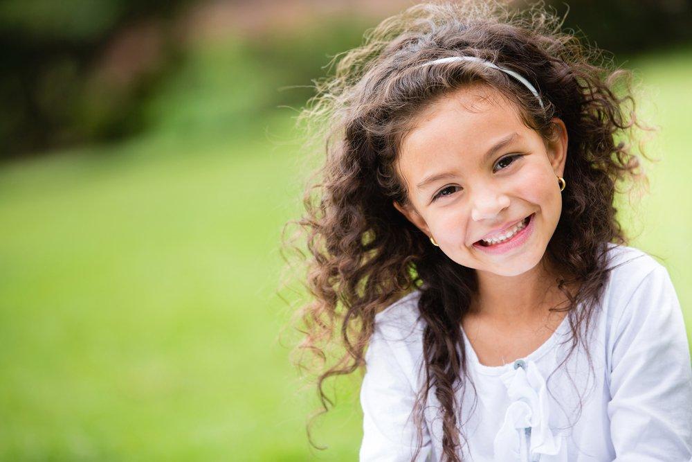 Прогулки и дорога в школу: какие правила должен соблюдать ребенок?