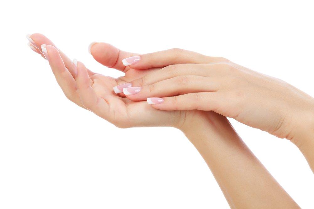 Почему кожа рук быстро стареет?
