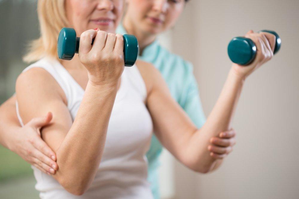 Упражнения для ослабленной руки