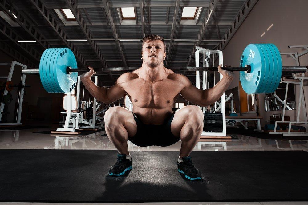 Фитнес для мужчин: особенности выполнения упражнений для ног