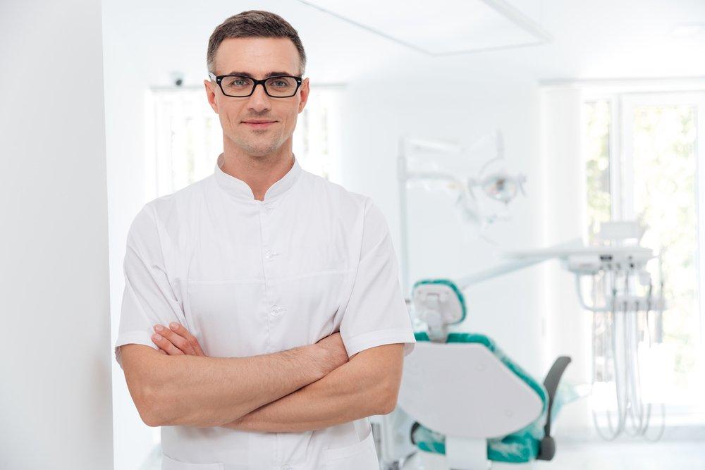 Причины травм зубов