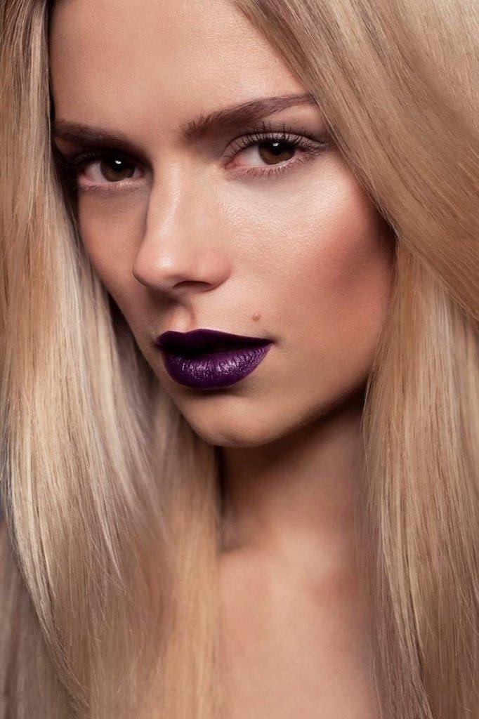 Винная губная помада Источник: yandex.net
