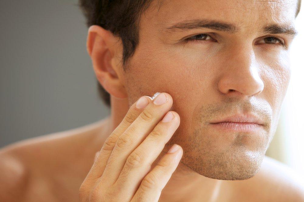Борьба с раздражением после бритья на лице