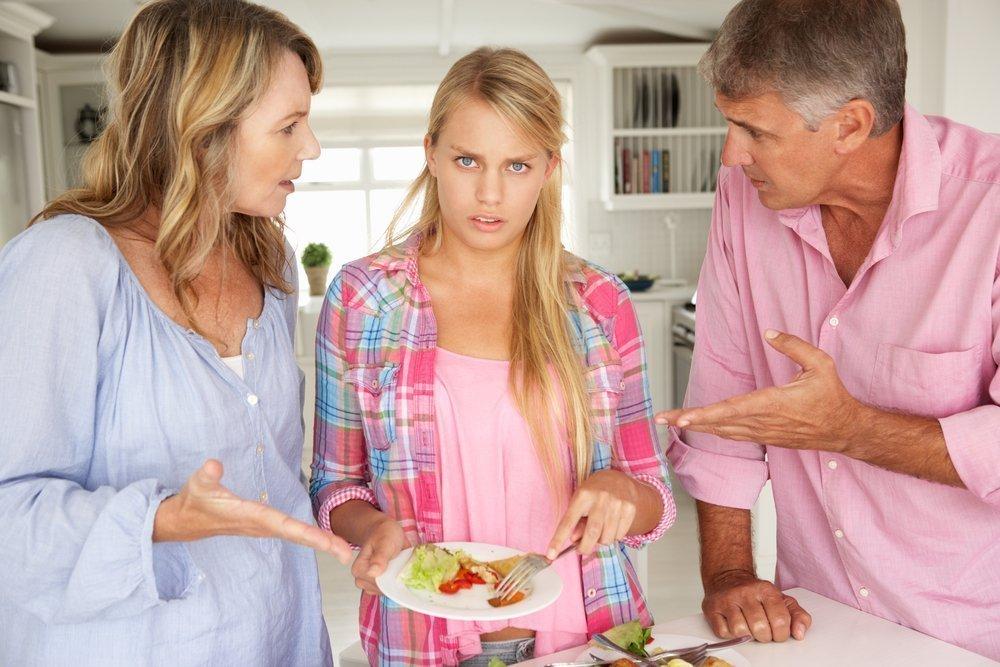 Характер отношений в семье во время переходного возраста у детей