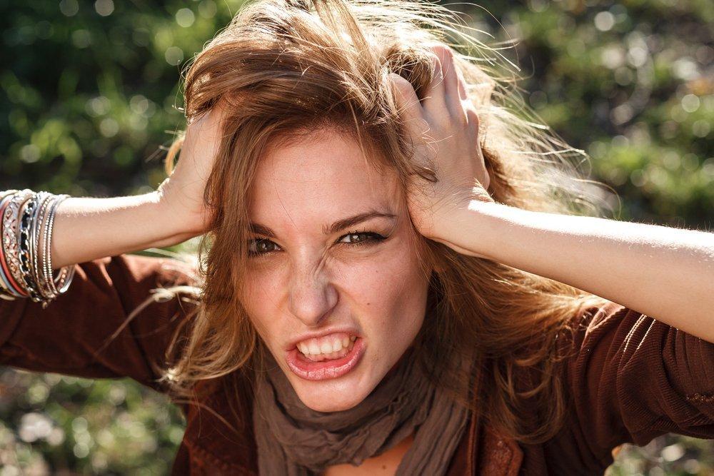 Недостаток и избыток гормонов щитовидной железы
