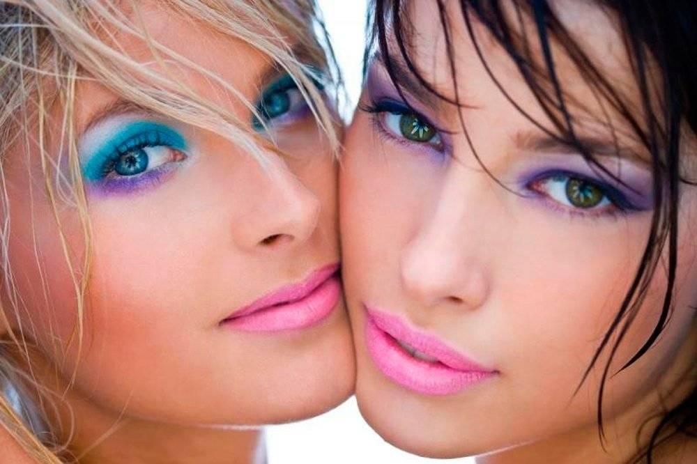 Цветные Smoky eyes Источник: makyajnet.com