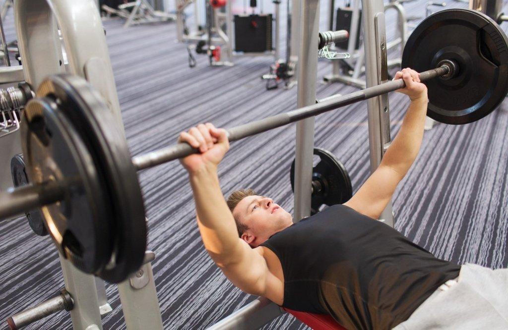 Фитнес-тренировки для прокачки бицепса