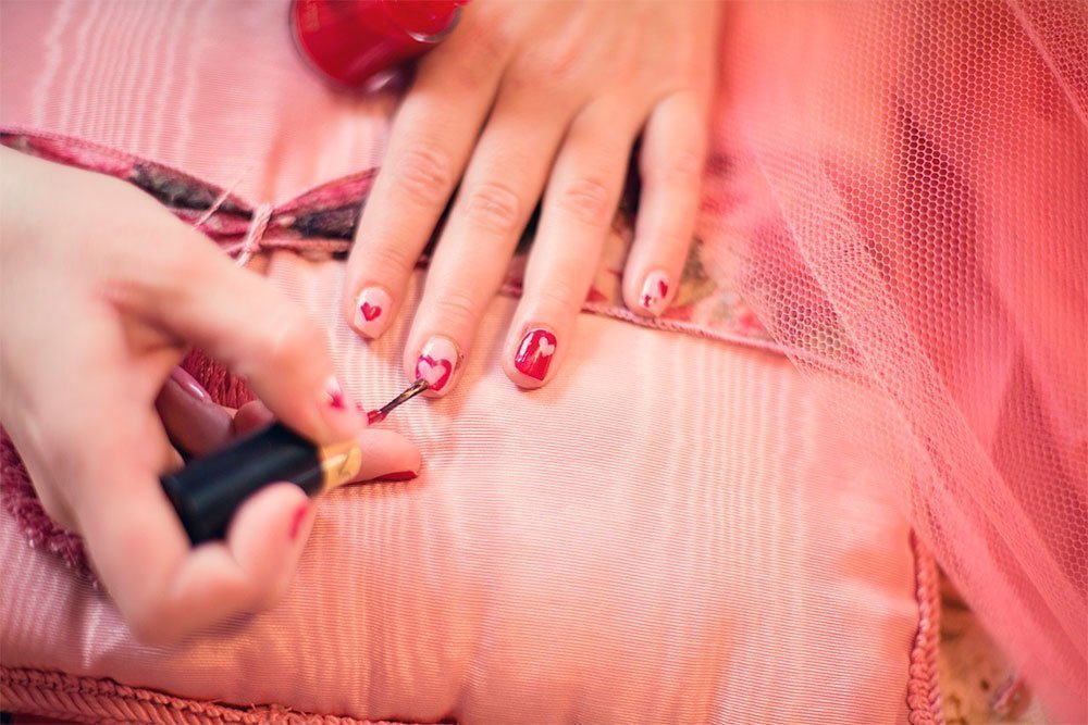 Ошибки, влияющие на красоту и здоровье ногтей