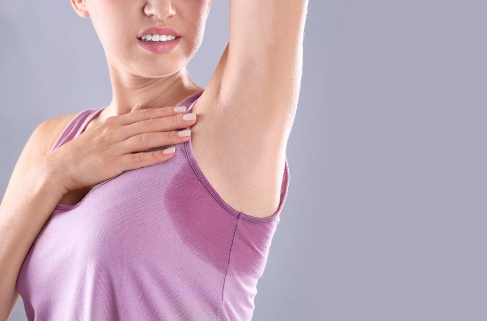 Без запаха: дезодорант или антиперспирант?