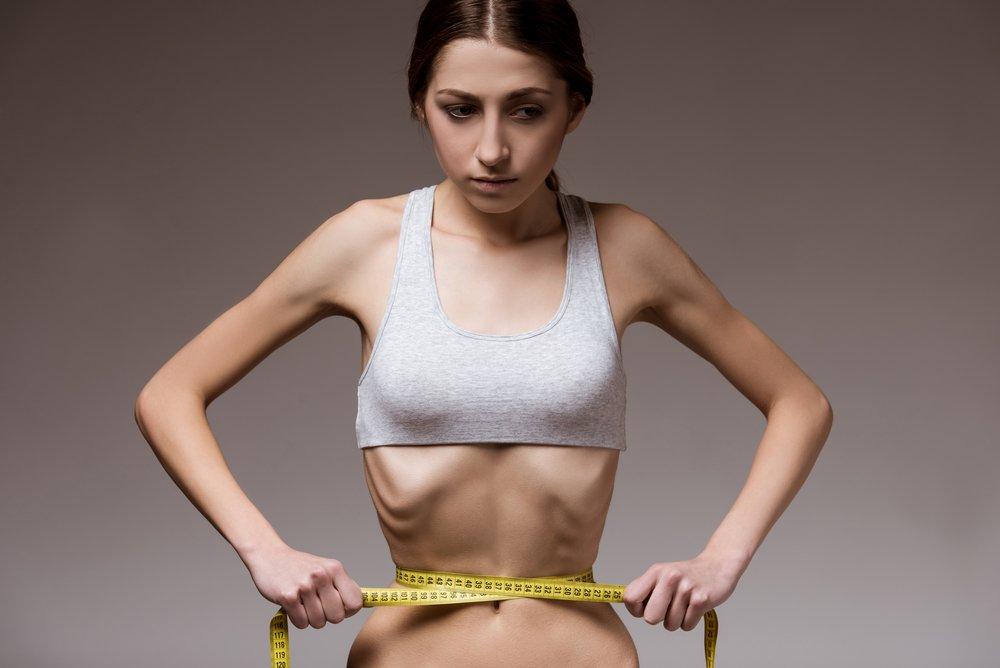 Как отсутствие «лишнего веса» влияет на тело больных анорексией?