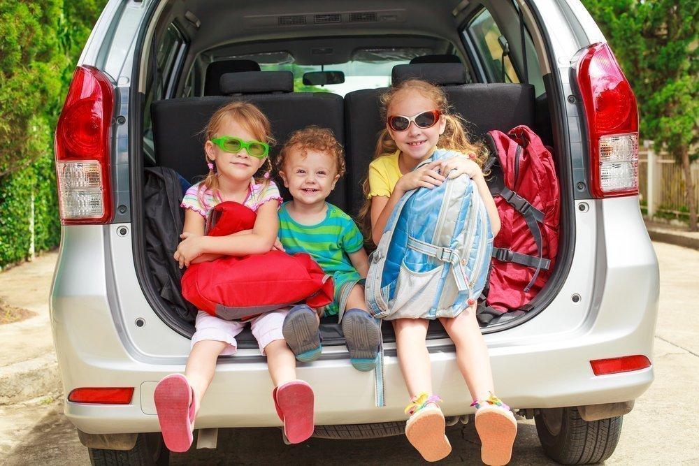 Семейное путешествие на автомобиле: советы родителям