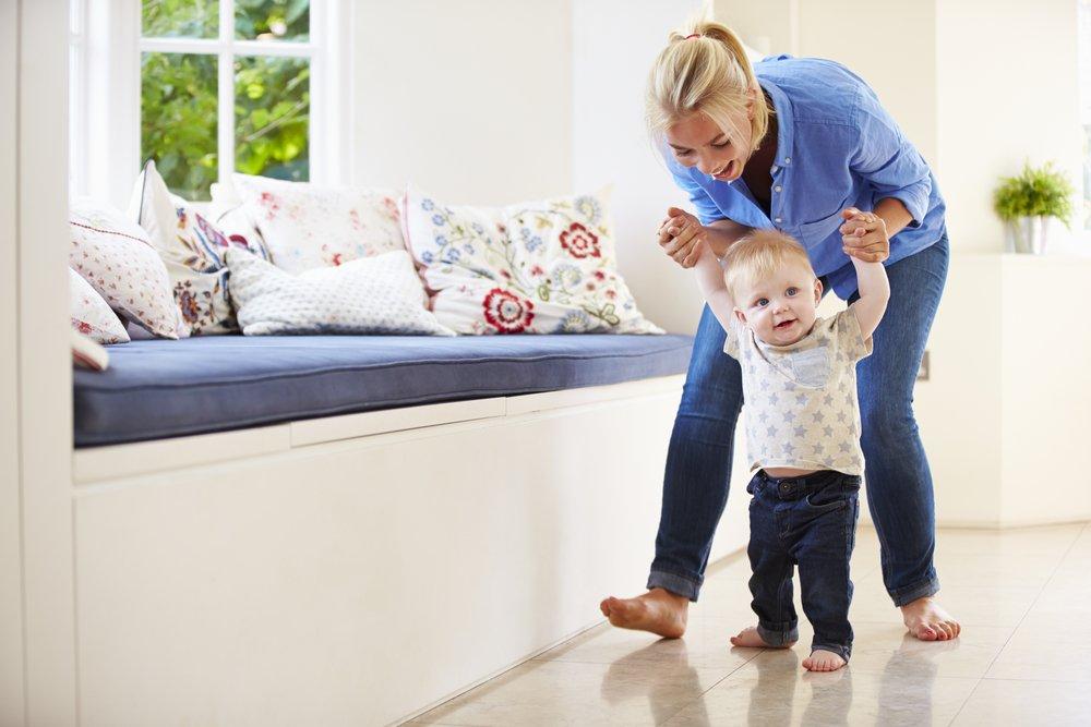 Дети делают первые шаги