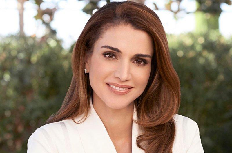 Королева Рания Аль-Абдулла: активный отдых и косметические процедуры Источник: en.vogue.me