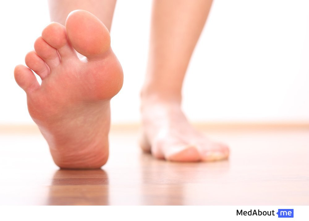 Боли в стопе: причины, диагностика и лечение