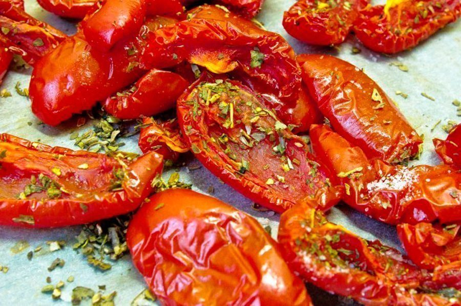 Как приготовить вяленые помидоры? Источник: rozetka.ua