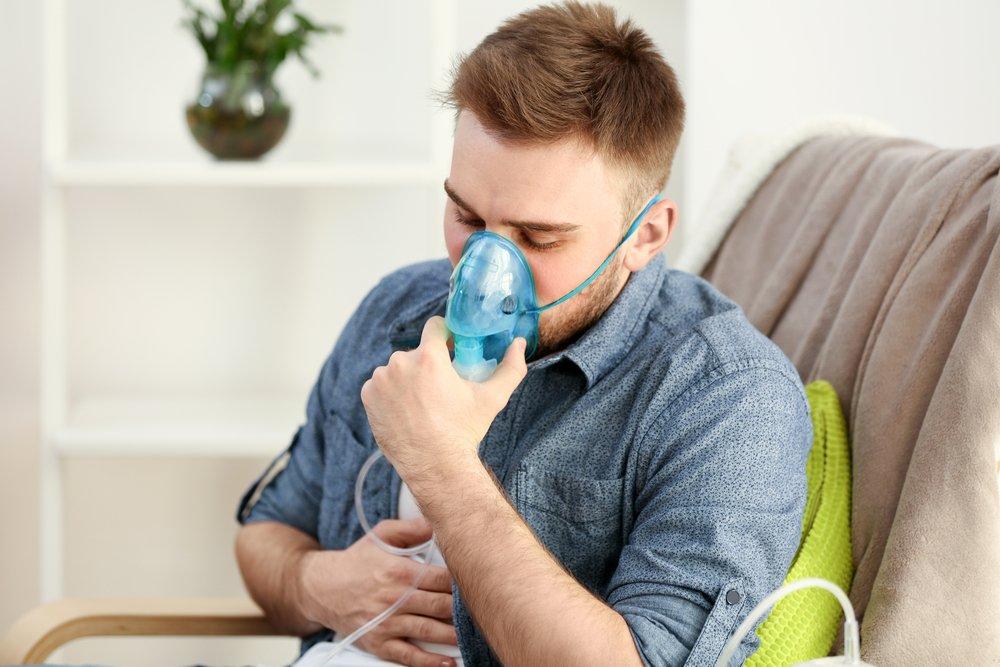 Симптомы приступов астмы: кашель, одышка