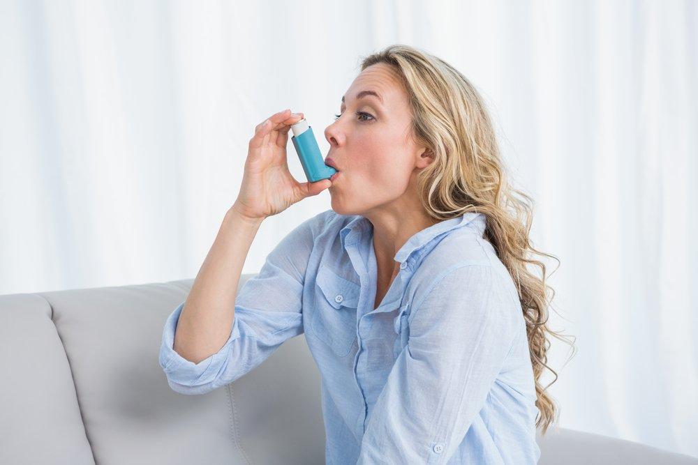 при приступах бронхиальной астмы необходимо