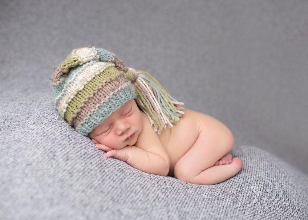 Безопасно ли, если грудничок спит на животе?