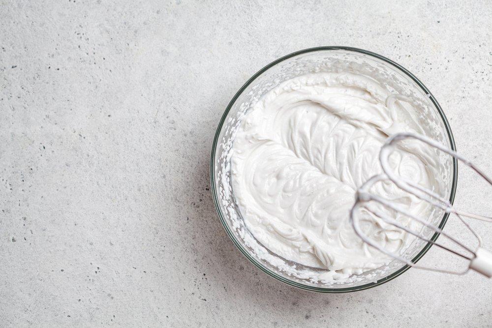Способ приготовления крема для торта из масла