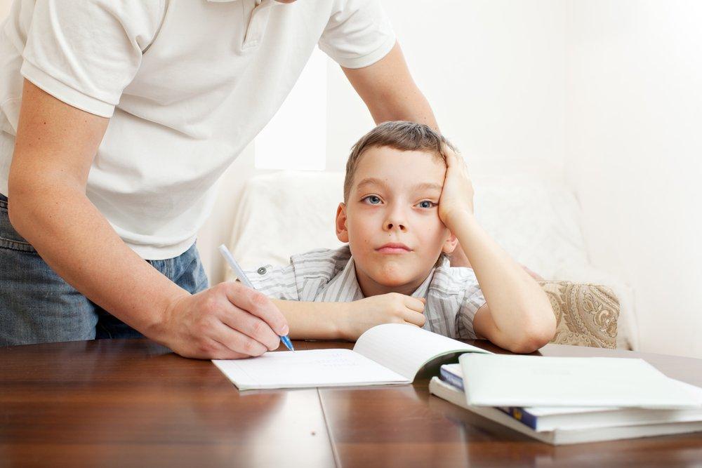 Что делать родителям, если ребенок прогуливает уроки?