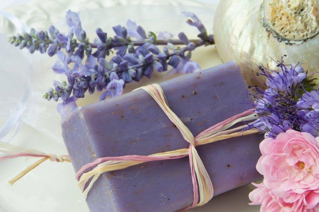 Мыло: очищающая косметика для ежедневного использования