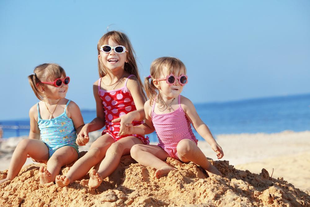 Забавы детей на песчаных пляжах