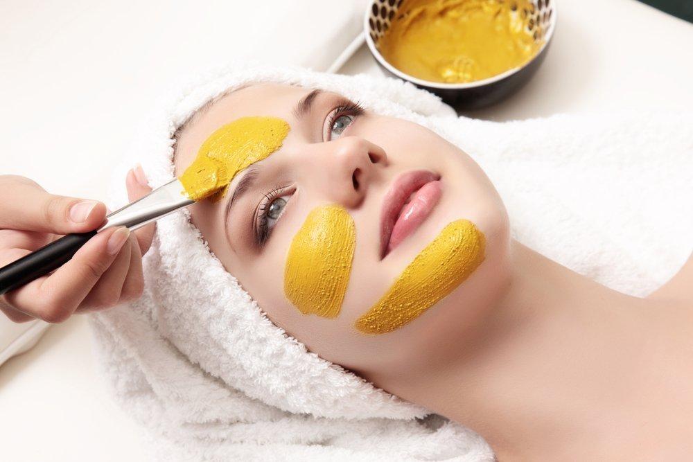 Правила применения масок для лица с хурмой