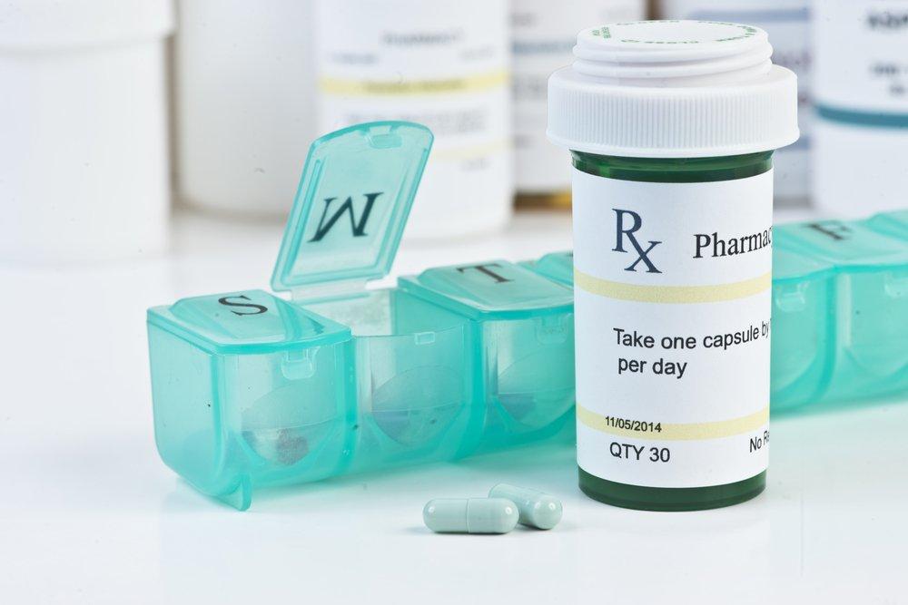 Аптечка с лекарствами дома