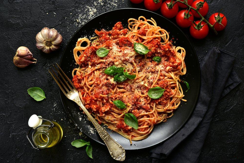 Классический рецепт макарон болоньезе