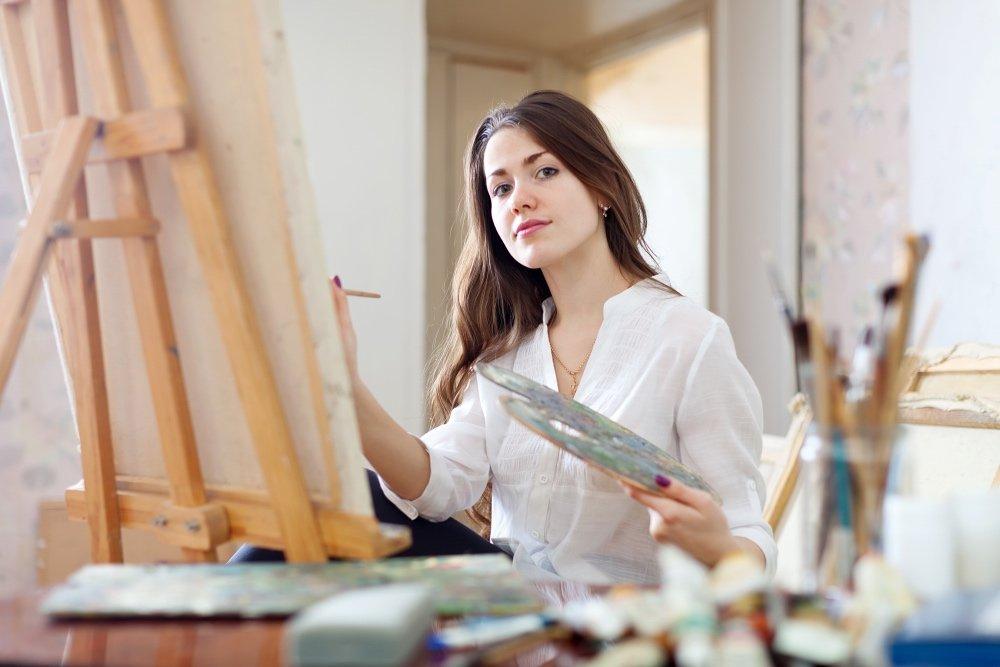 Чем полезна арт-терапия? Что говорят книги по психологии?