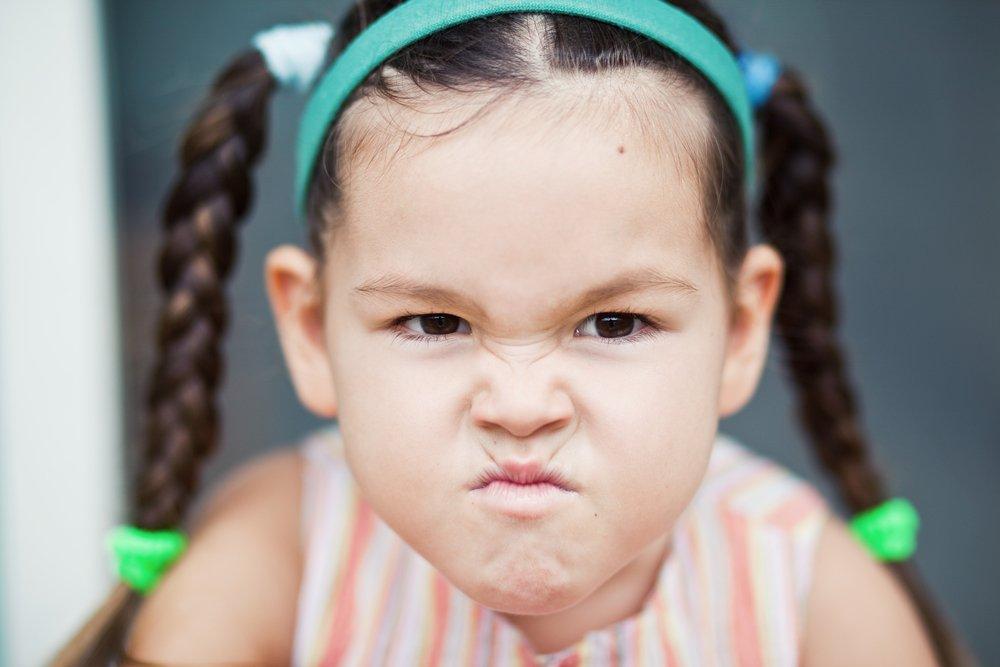 Четвертый признак ожирения у детей: капризы и плохое настроение