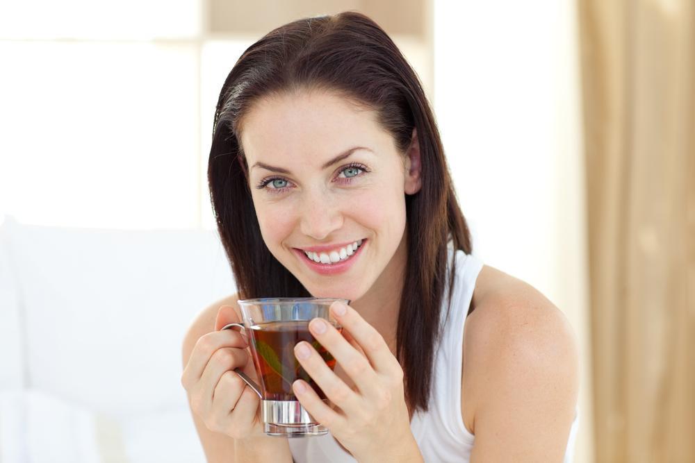 Успокаивающие напитки — отличный способ наладить сон человека