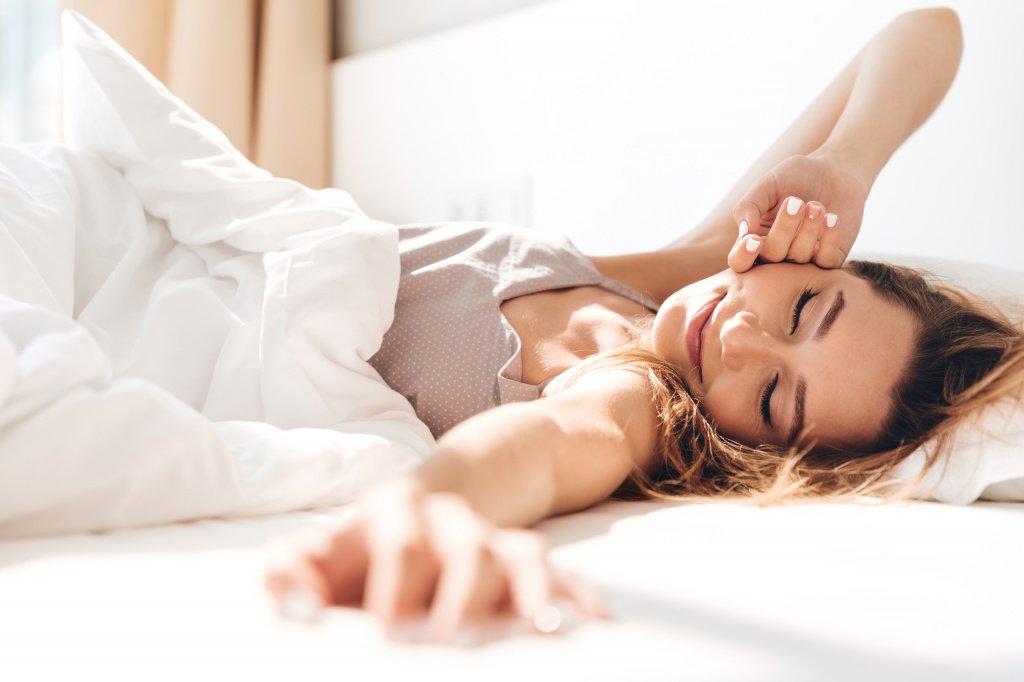 Во сне кожа лучше усваивает питательные вещества из уходовой косметики