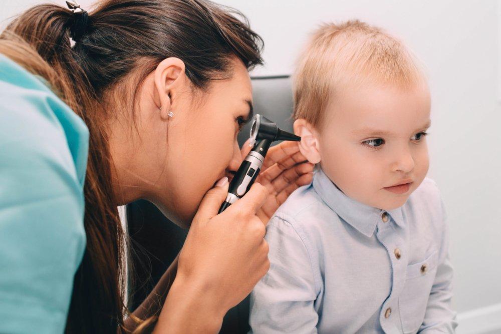 Методы лечения ушной боли у детей