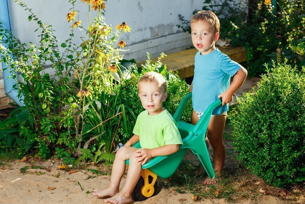 Неотложная помощь детям на даче